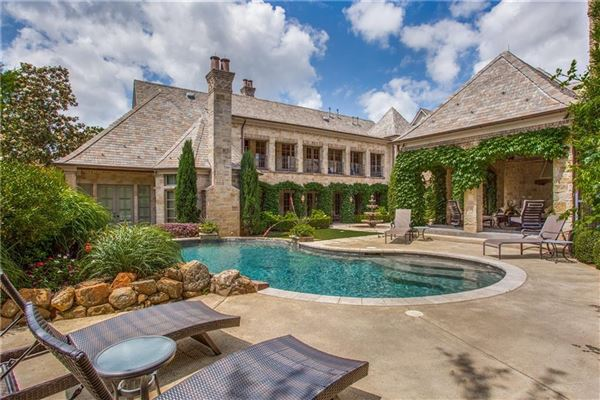 Mansions in A great home for entertaining
