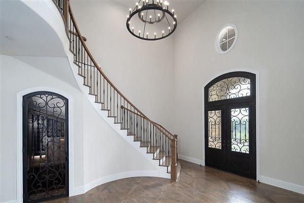 Luxury homes in impressive new westlake estate