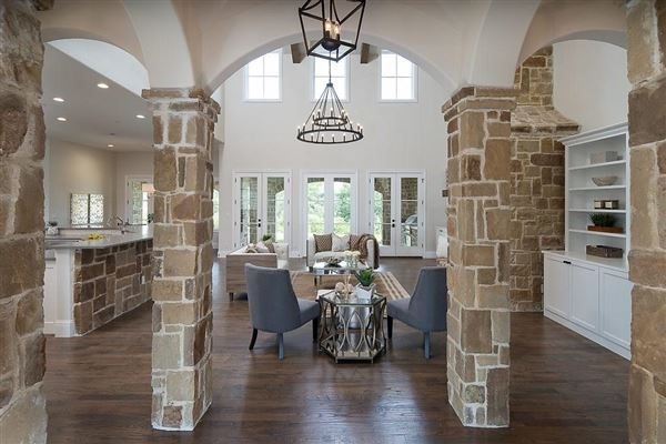 Mansions in impressive new westlake estate