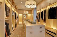 striking 30th floor penthouse luxury real estate