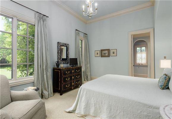Luxury properties Stately Preston Hollow home