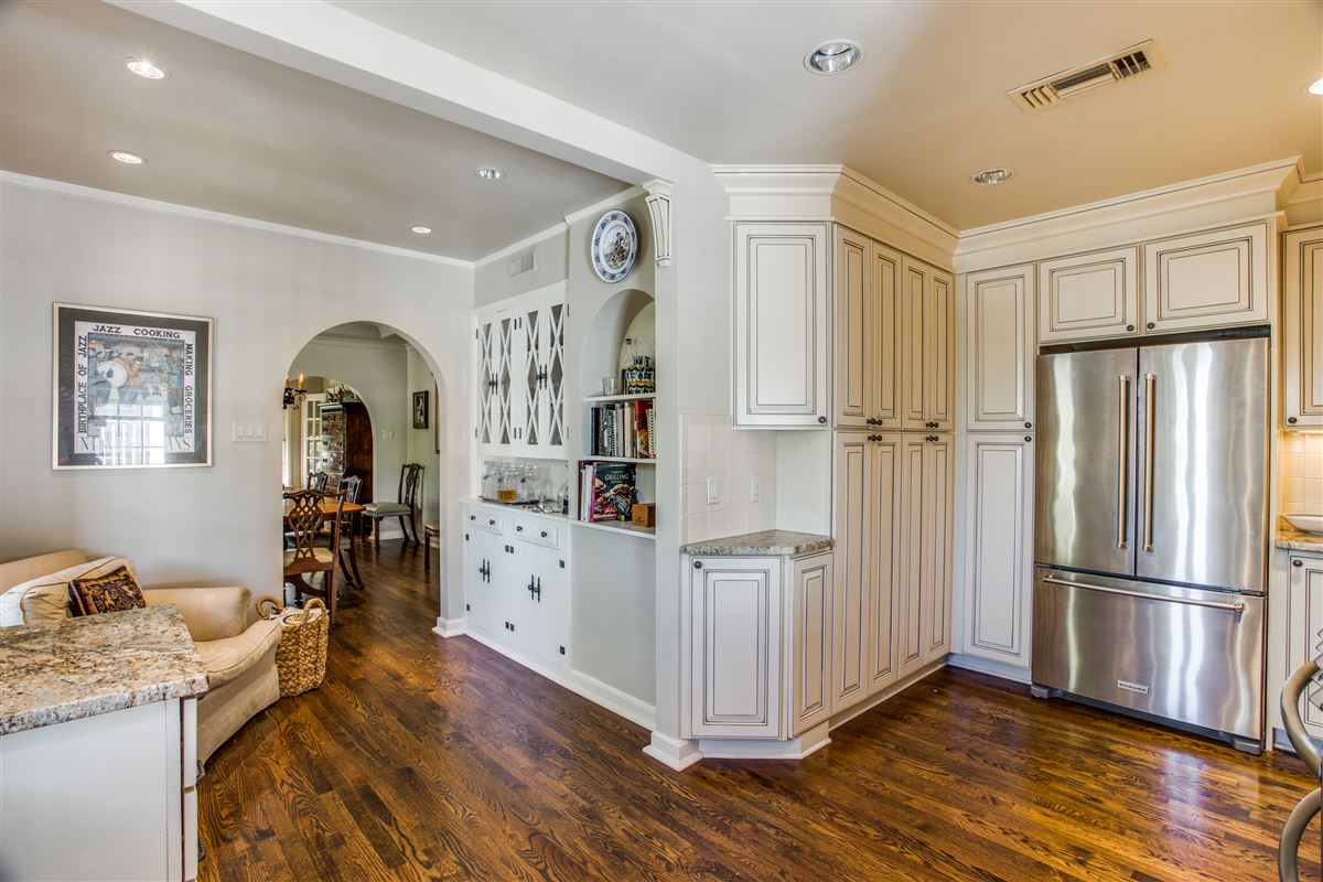 Luxury homes in Updated Classic Park Cities