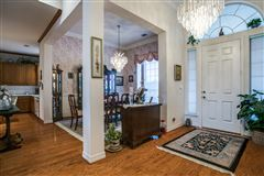 Mansions Fabulous private and scenic 12.5 acres