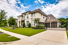 Mansions Sophisticated home in SOUTHLAKE