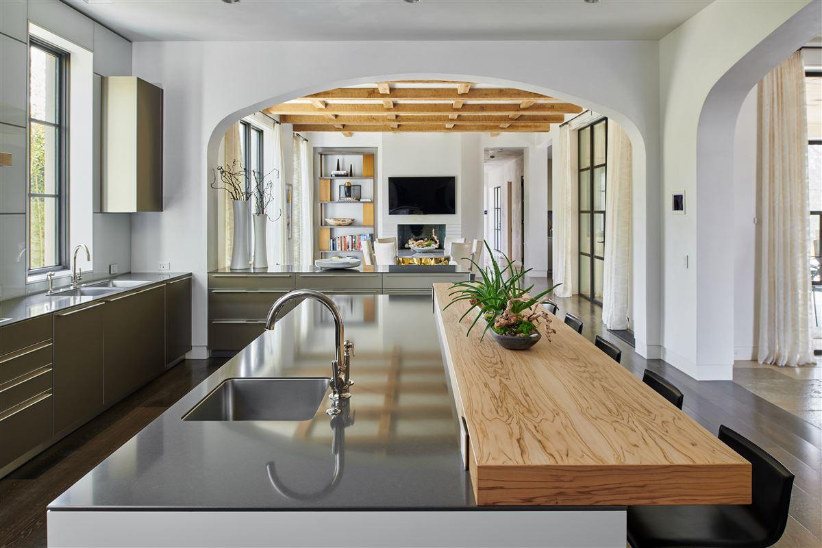 an exquisite Highland Park custom home luxury properties