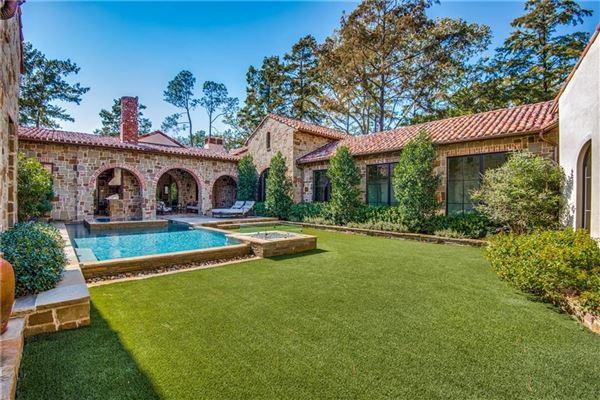 SANTA BARBARA CLASSIC luxury real estate