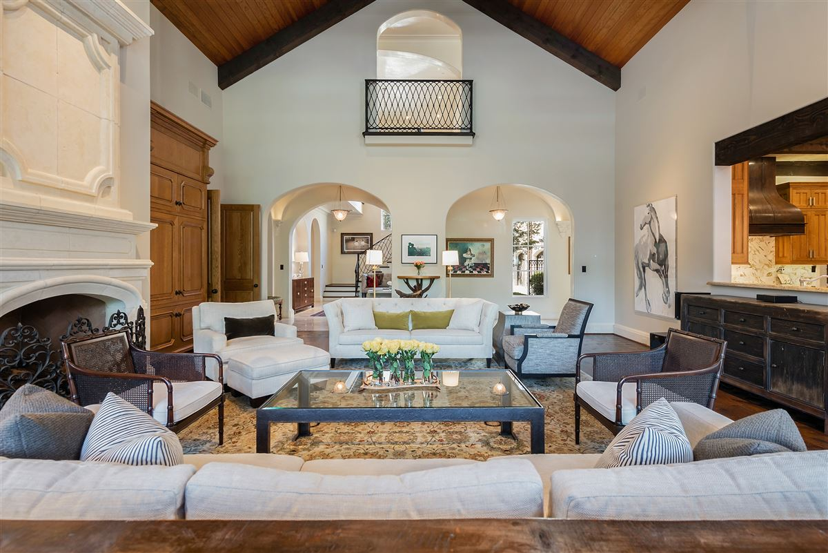 gated and updated dallas retreat mansions