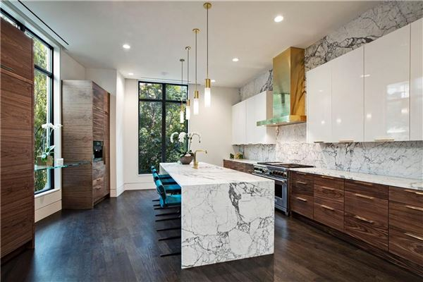 stunning contemporary townhome luxury real estate