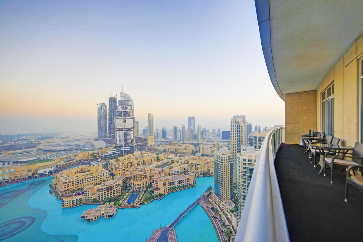 Luxury properties PENTHOUSE OVERLOOKING THE BURJ KHALIFA