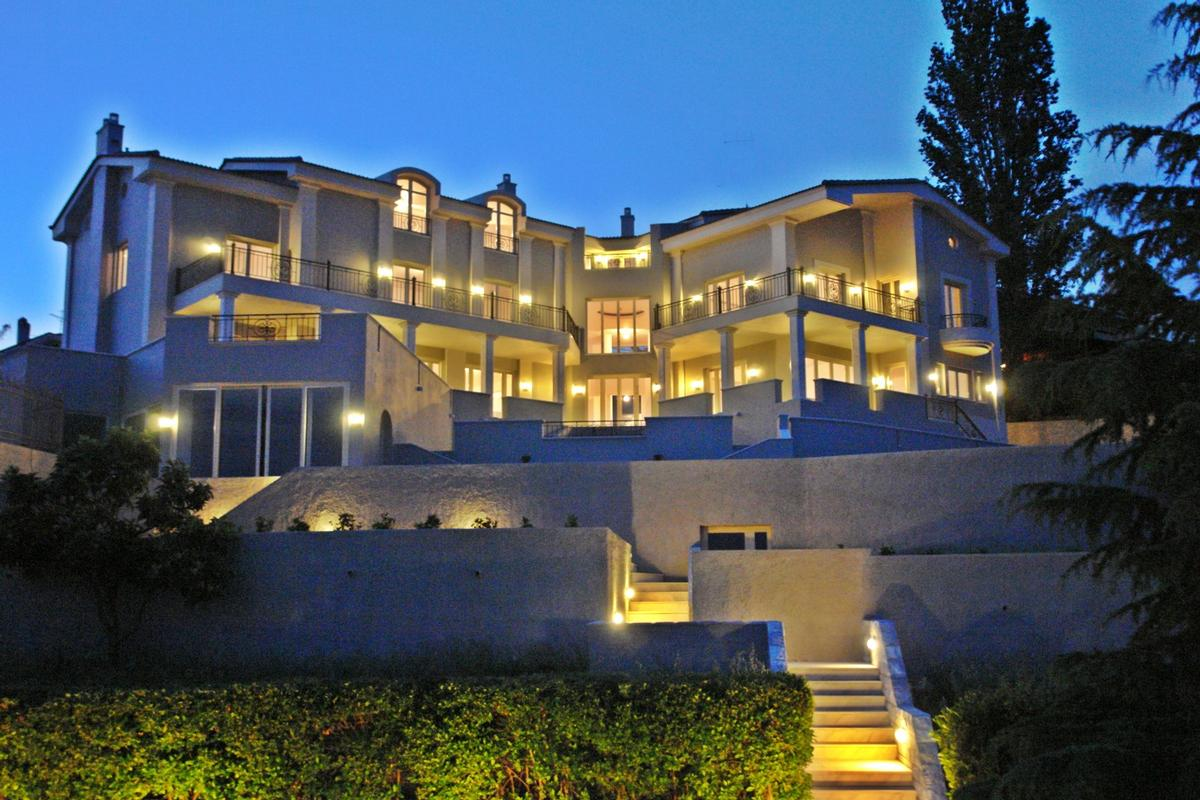 Luxury Villa In Politeia Athens Greece Luxury Homes