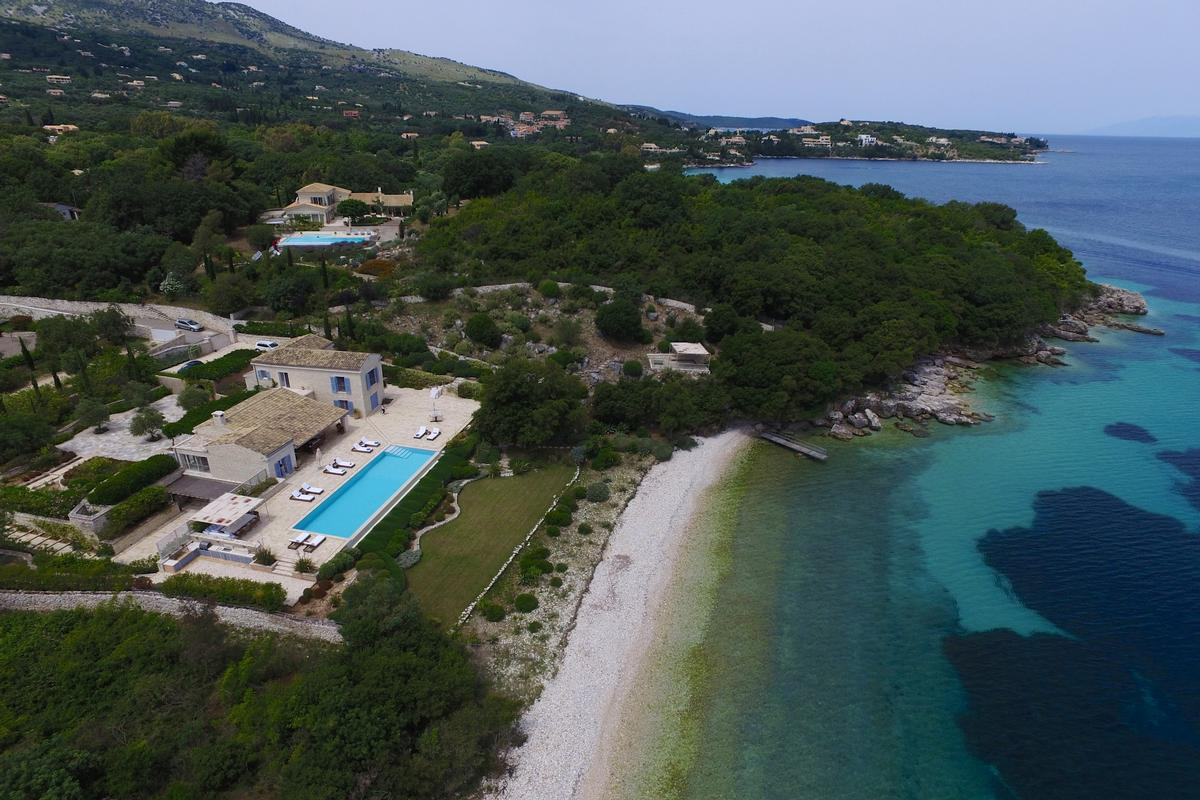 Mansions exclusive north east coast of Corfu