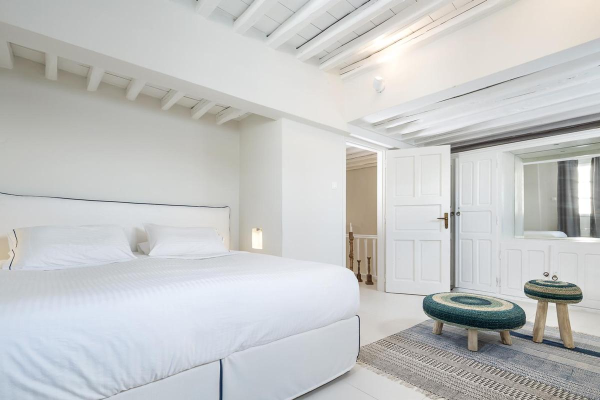 Luxury real estate Luxury Villa for rent in Mykonos