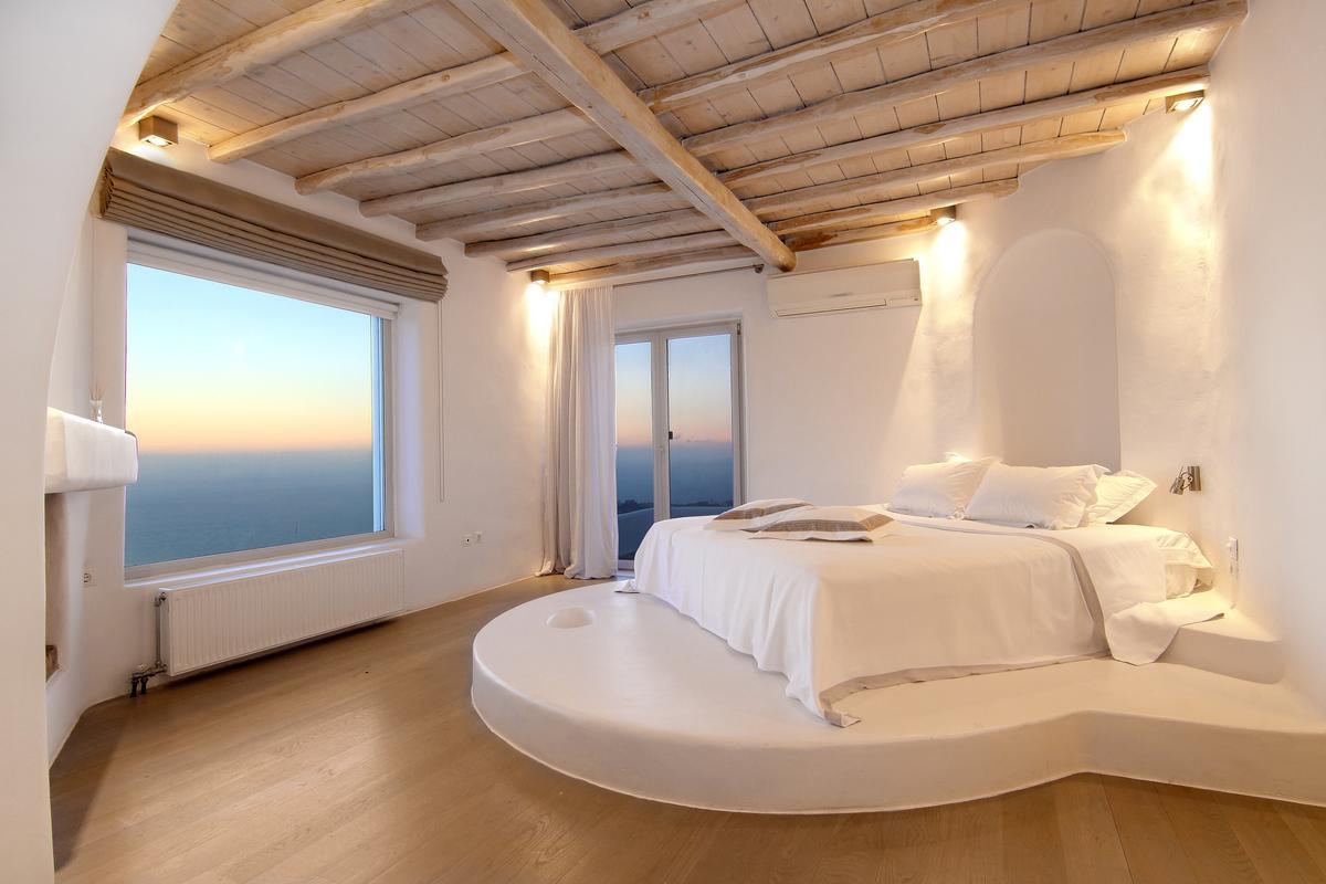 Luxury Villa for rent in Elia Mykonos luxury homes
