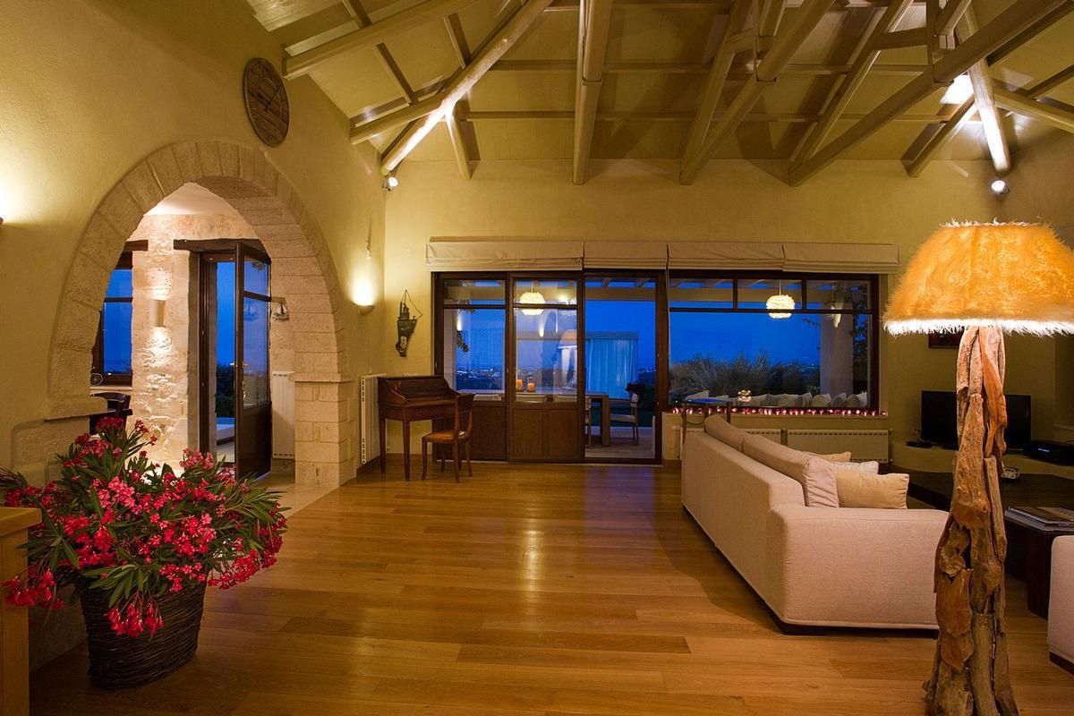Luxury homes Crete view villa for rent