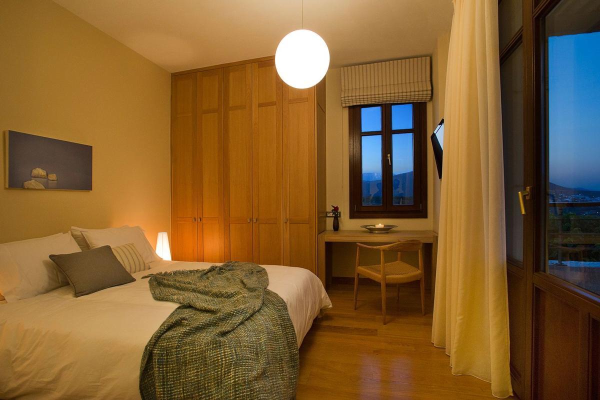 Crete view villa for rent luxury homes