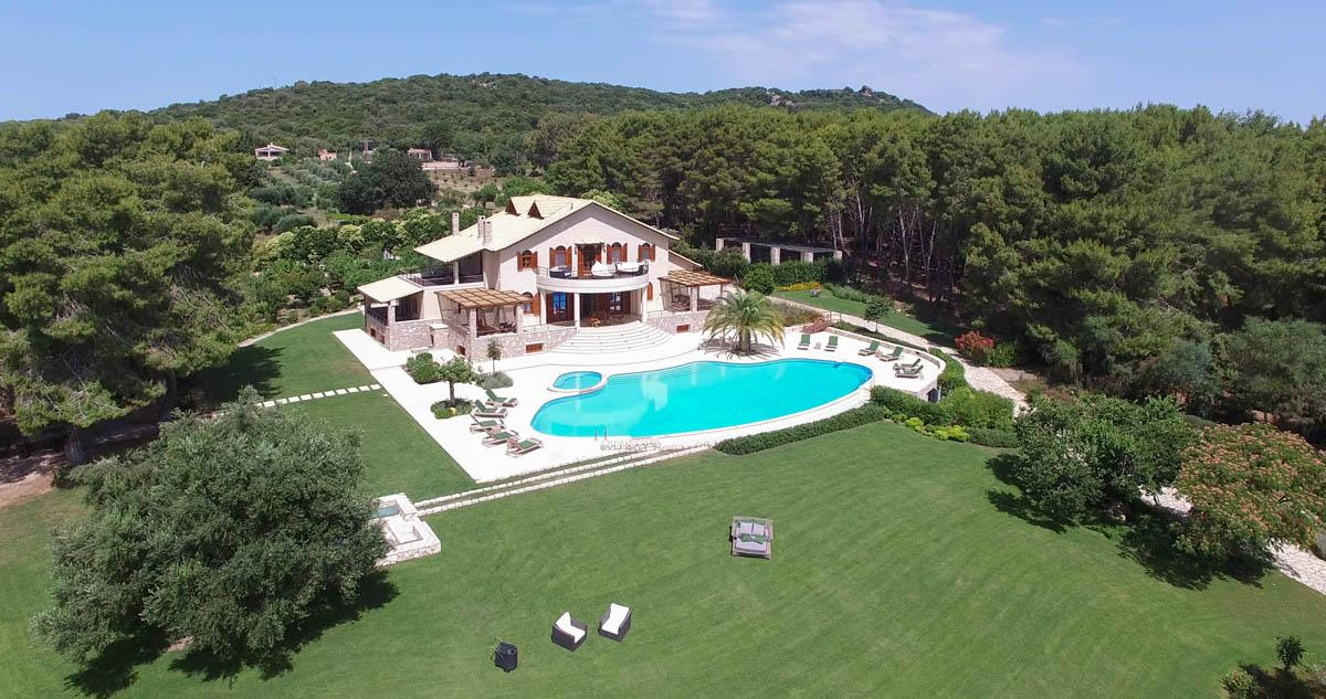 Luxury Villa 705 M2 in Vonitsa, Greece luxury real estate