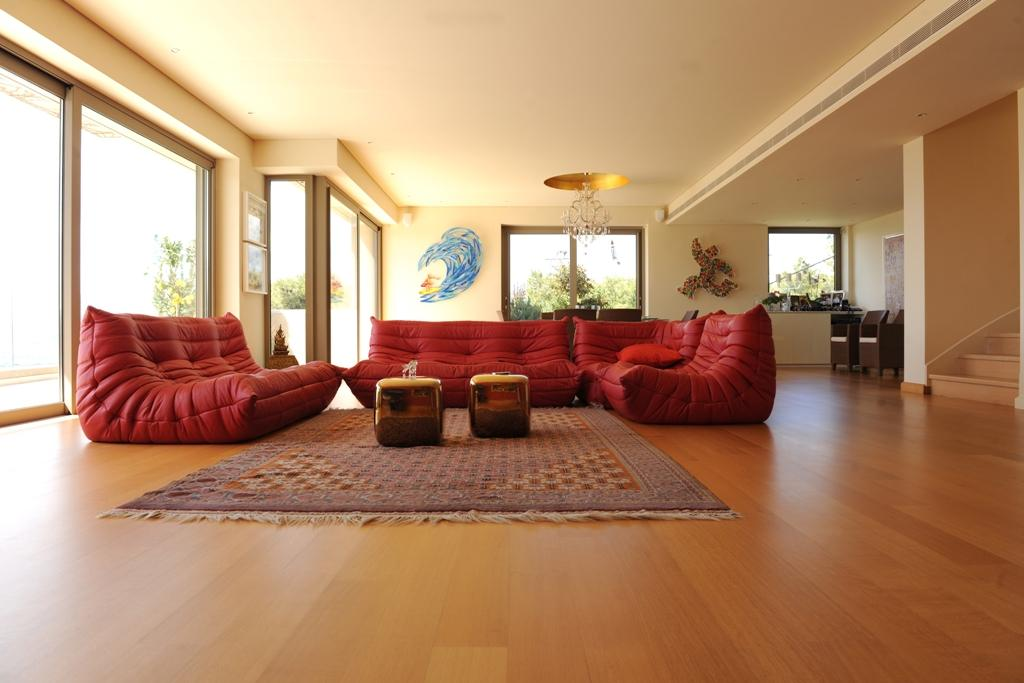 Luxury real estate LUXURY POLITEIA VILLA