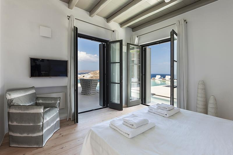 Luxury Seafront Villa in Mykonos luxury homes