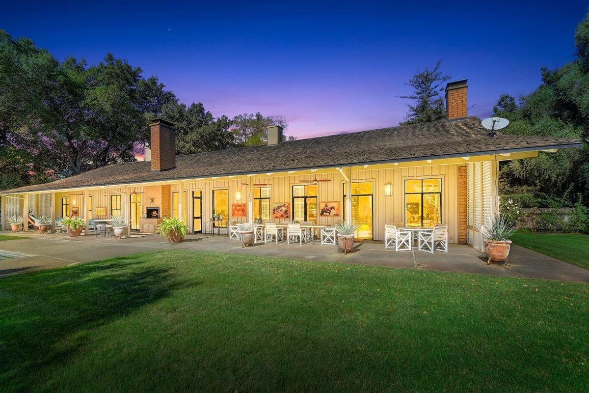 Private Delta Riverfront estate  luxury properties