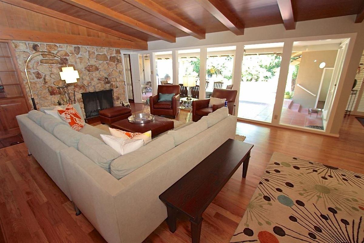 Luxury properties Stunning one Story home in sacramento