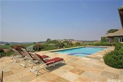 Mansions in Luxury Vineyard Estate