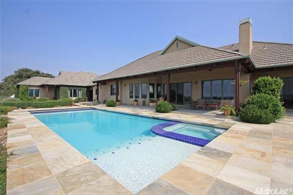 Luxury Vineyard Estate luxury homes