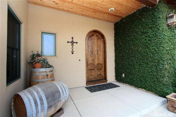 Luxury Vineyard Estate luxury properties