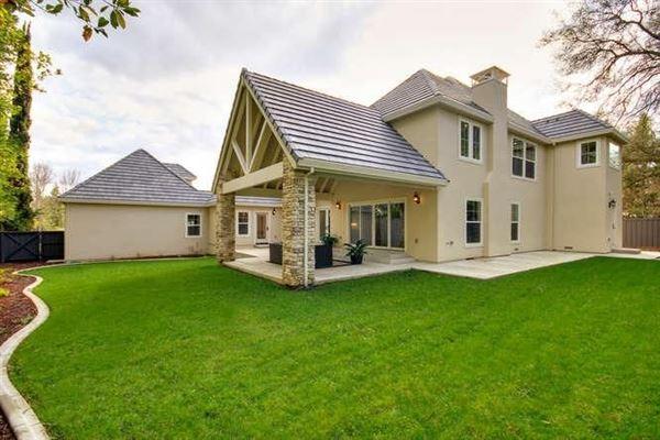 Luxury real estate custom home in prestigious Shelborne Estates