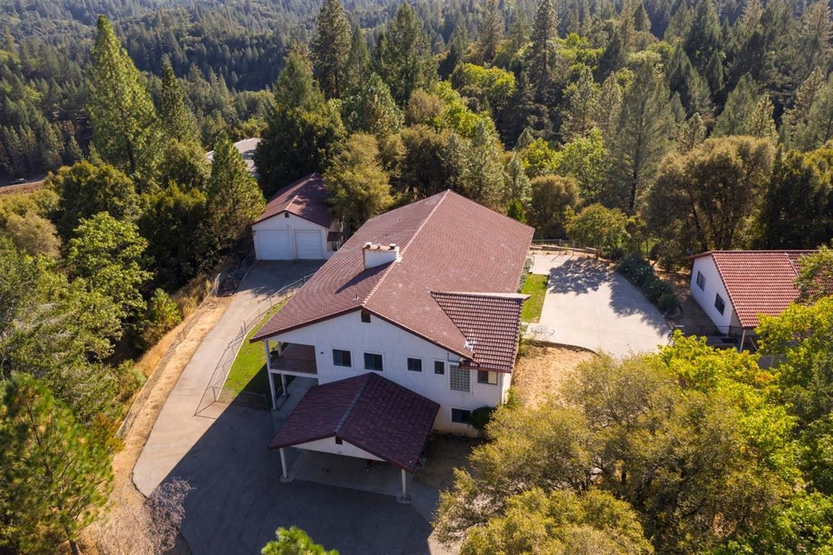 a wonderful property in colfax luxury real estate