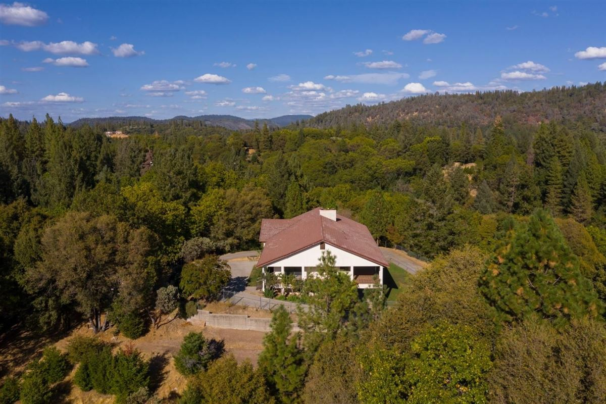 a wonderful property in colfax luxury properties