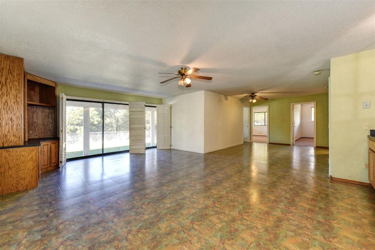 a wonderful property in colfax mansions