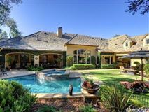 Luxury homes exquisite one-story home with open floor plan