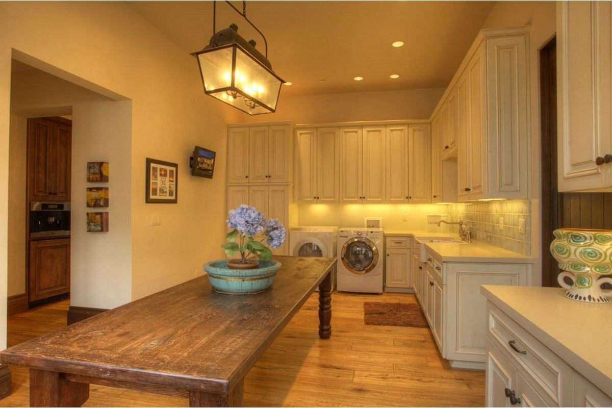 Unbelievable Santa Barbara style home luxury properties