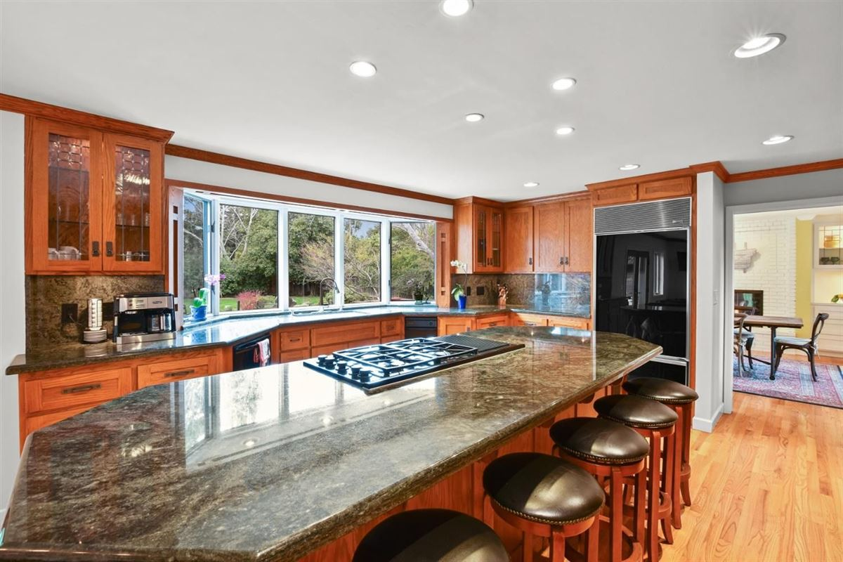 Luxury homes gorgeous home on Desirable Kingsford Drive