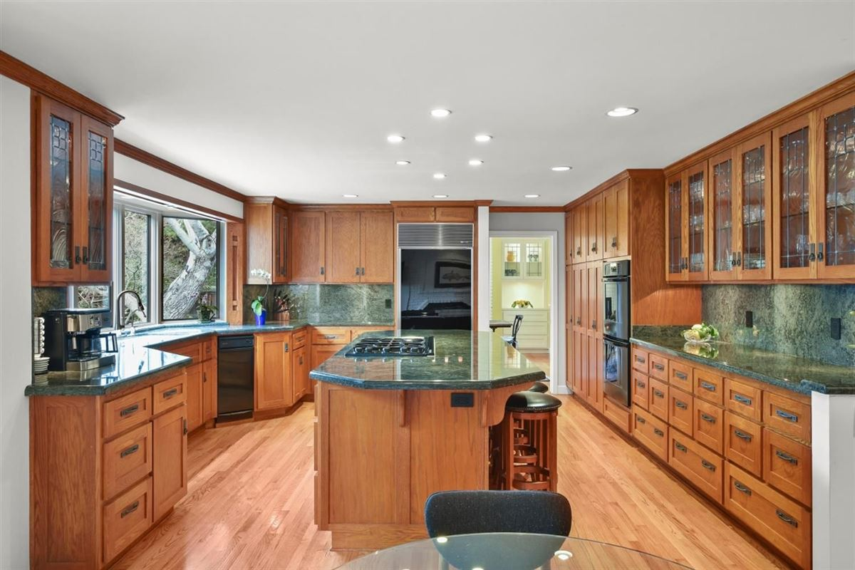 gorgeous home on Desirable Kingsford Drive luxury homes