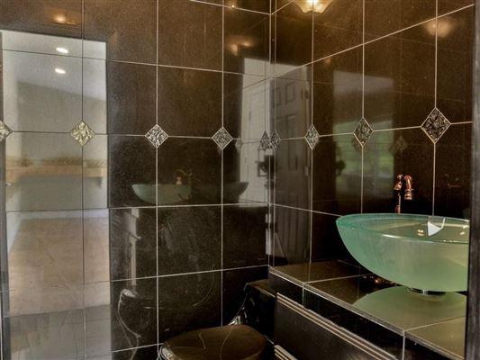 Luxury real estate Totally custom Shingle Springs home