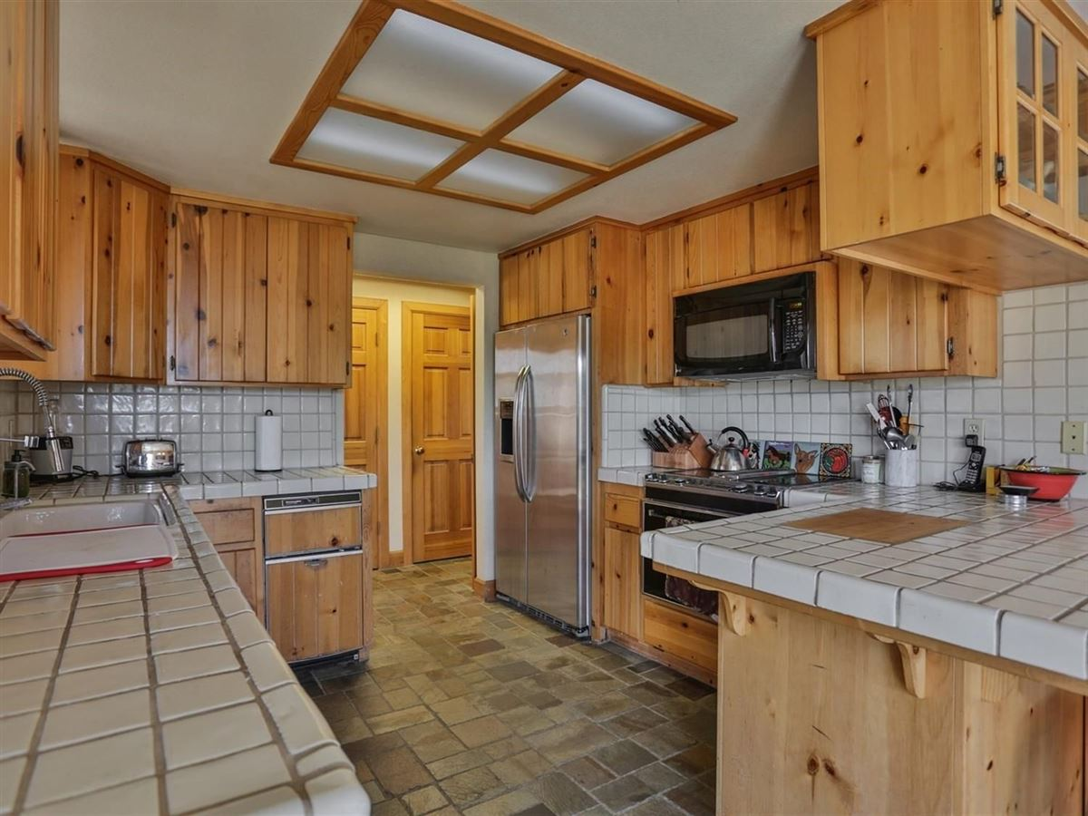 Luxury real estate Gorgeous Property in Shingle Springs