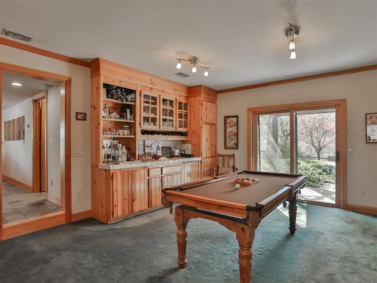 Mansions in Gorgeous Property in Shingle Springs