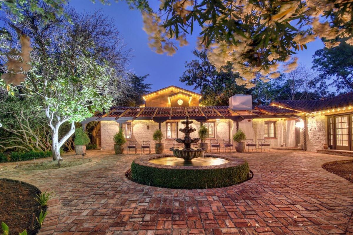 Luxury homes compound with European style and sophistication