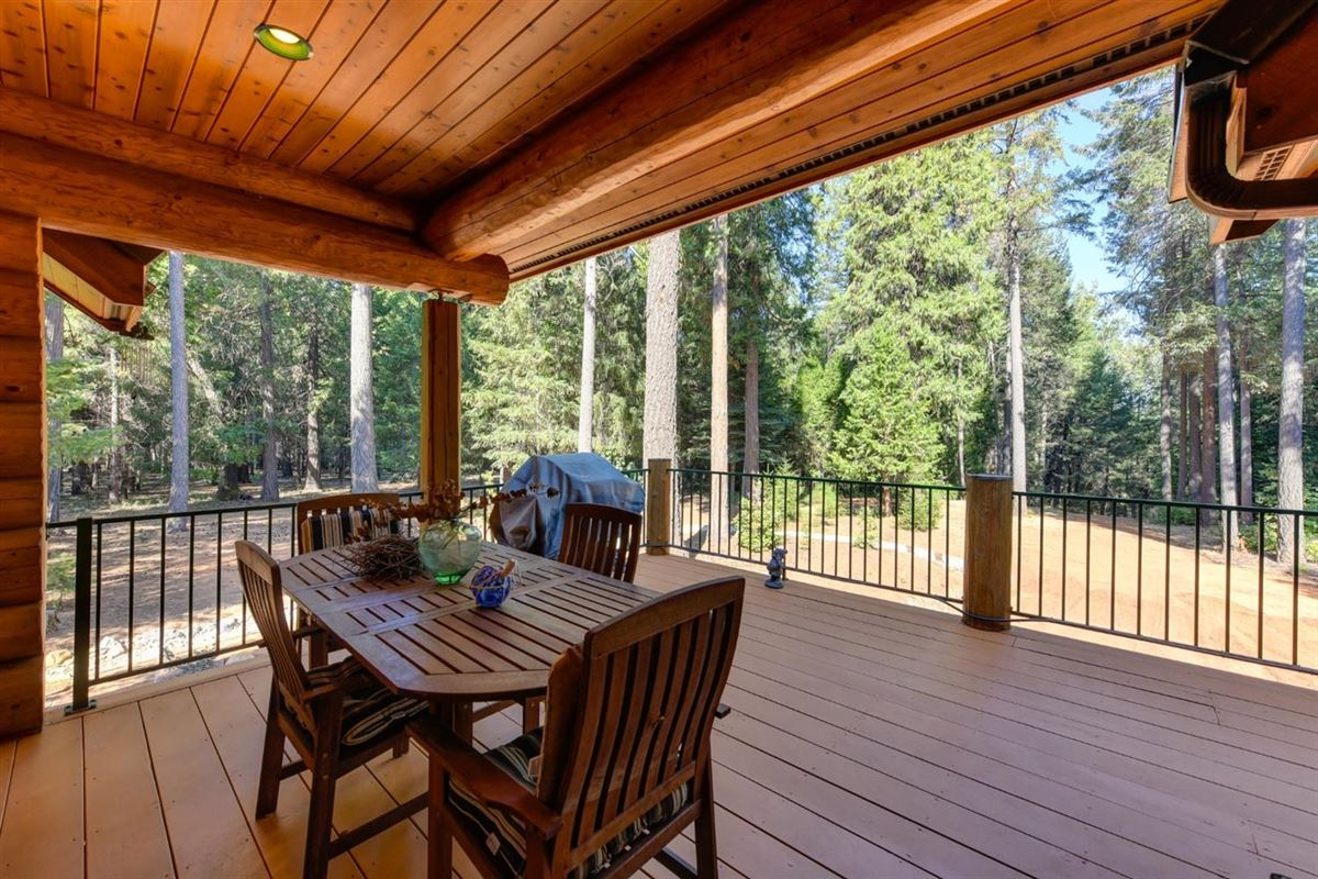 Gorgeous Handcrafted Log Home luxury homes