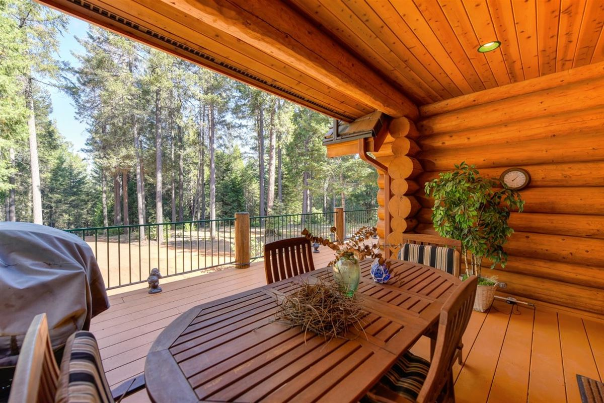 Luxury real estate Gorgeous Handcrafted Log Home