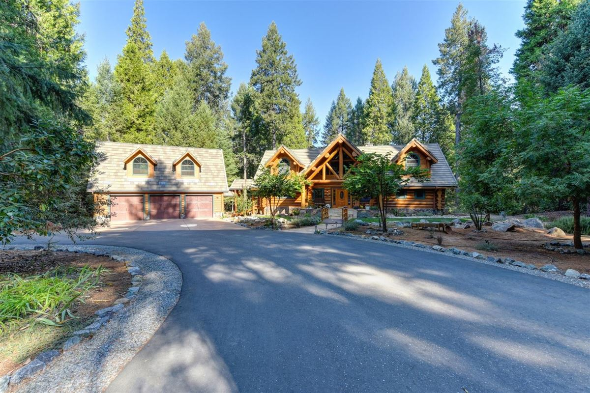Luxury homes in Gorgeous Handcrafted Log Home