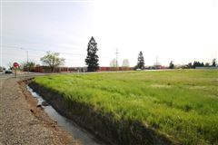 Mansions AIRY 15 Acre Lot