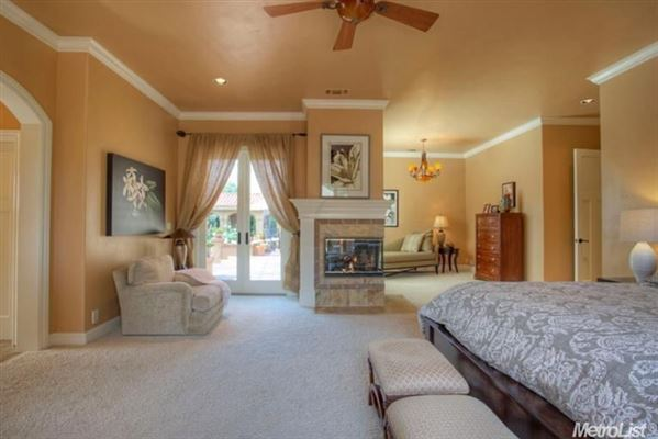 Luxury properties Elegant home in granite bay