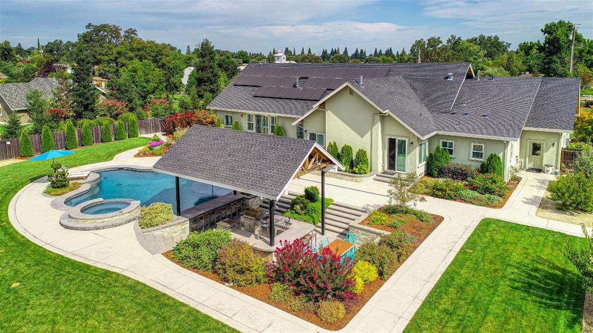 Luxury real estate Custom Craftsman Gated Estate