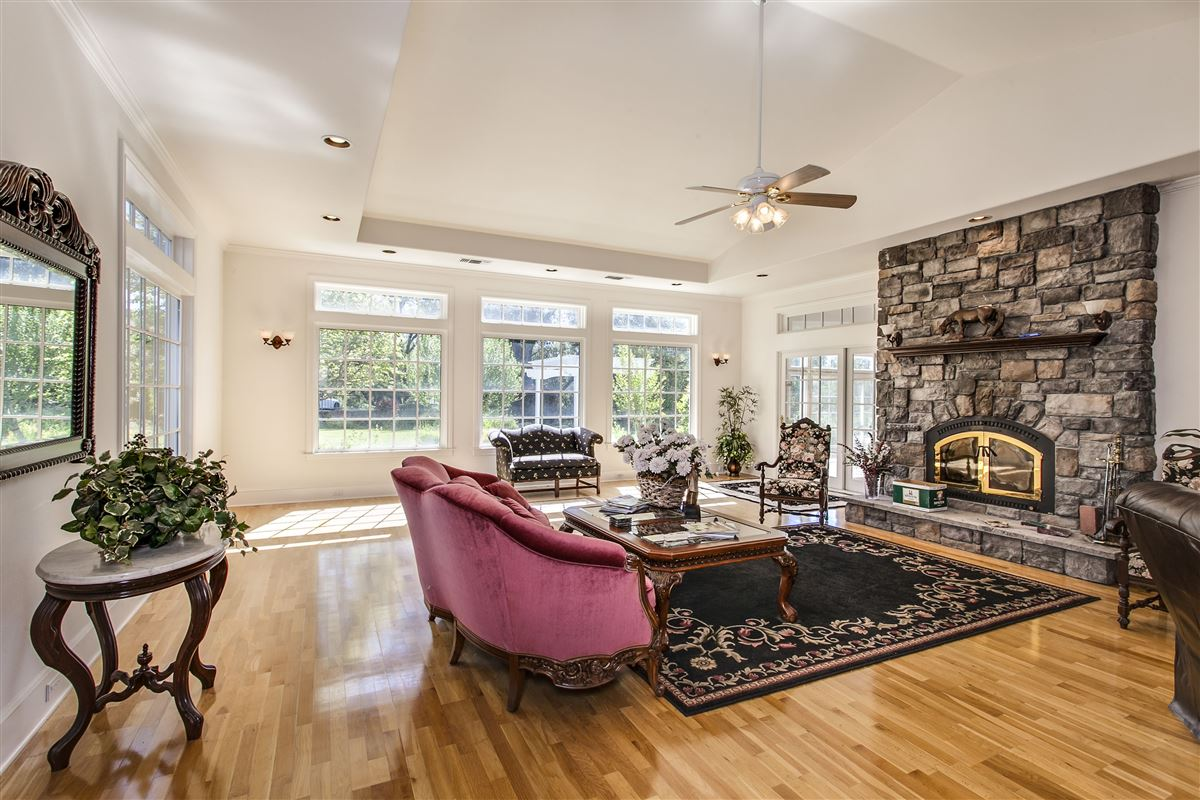 Great location in lotus mansions