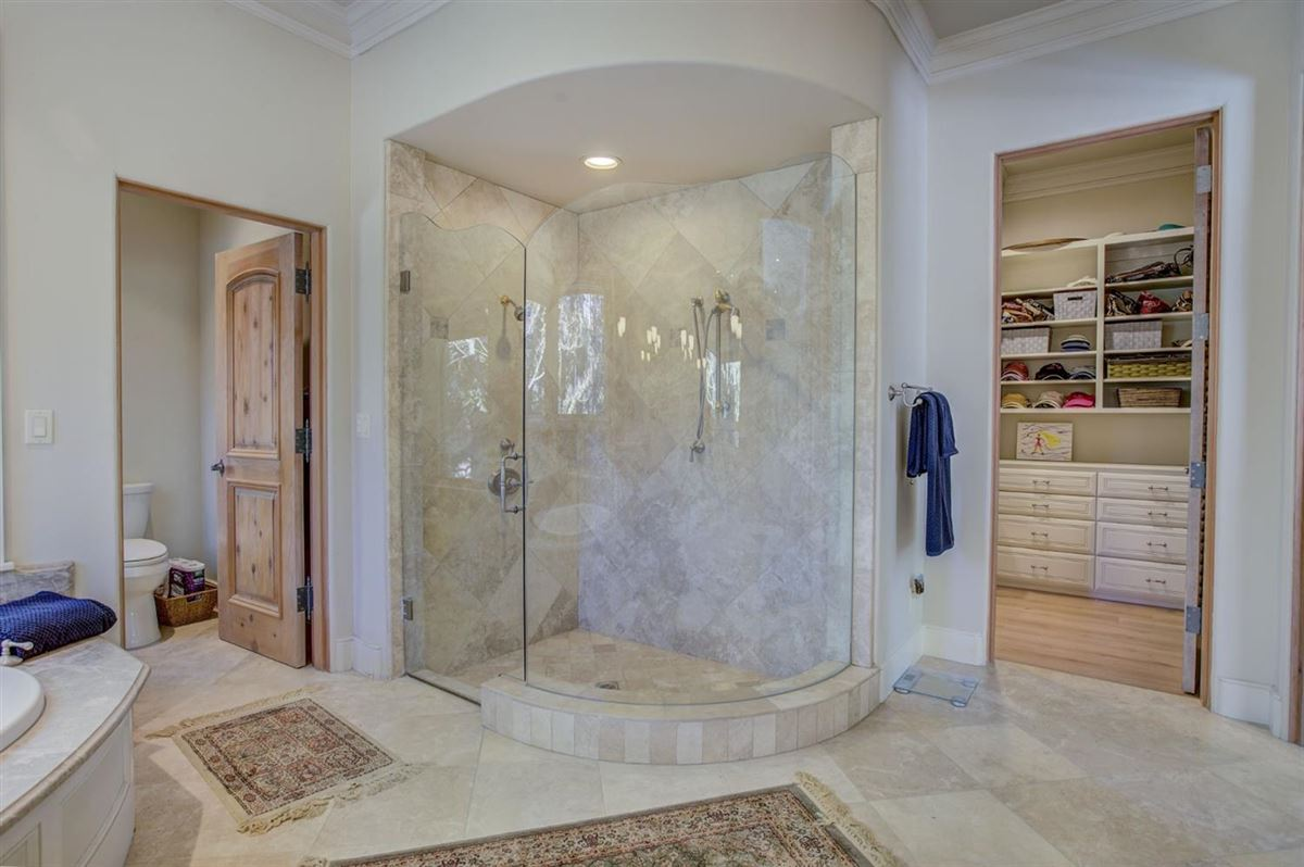 a Majestic custom home luxury properties