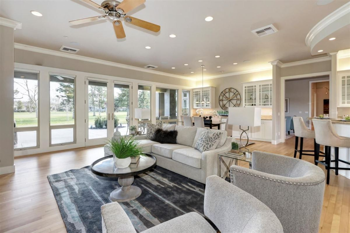 Mansions in gorgeous custom home in El Macero Country Club Estates
