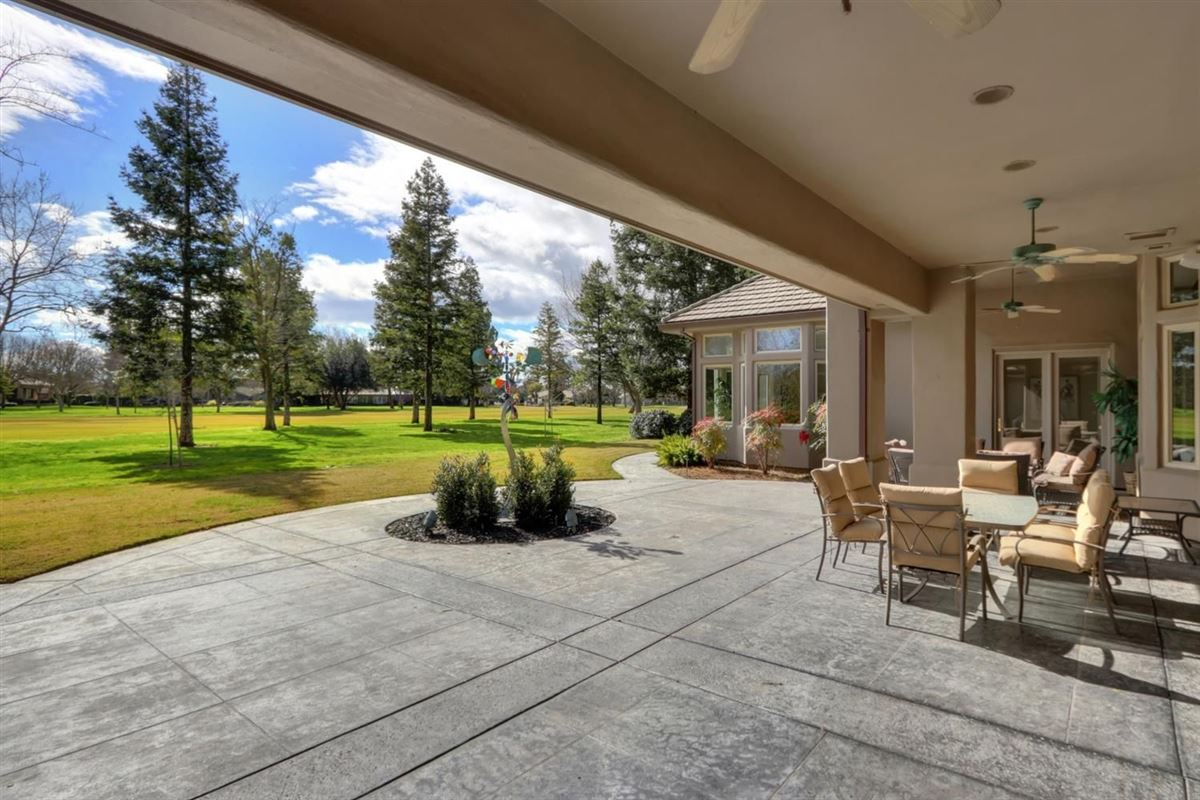 gorgeous custom home in El Macero Country Club Estates luxury homes