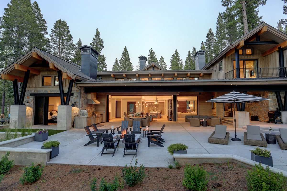 Luxury homes in a beautiful home in truckee
